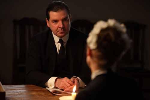 Downton Abbey S1E6: Bates talks with Anna