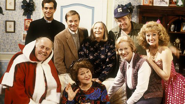 Keeping Up Appearances - Christmas - Feature Image