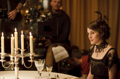 DAS1 BTS: Michelle Dockery during dinner scene