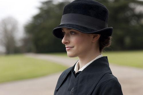 DAS3E1: Martha Levinson's Lady's Maid, Miss Reed (Lucille Sharp)