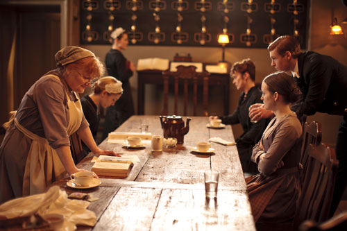 DAS3E1: Around the table in the servants' hall