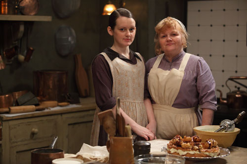DAS3 Cast: Sophie McShera as Daisy Mason (nee Robinson) and Lesley Nicol as Mrs. Beryl Patmore