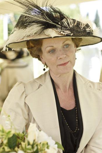 DAS1 CAST: Samantha Bond as Lady Rosamund Painswick