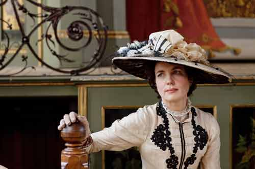 DAS1: The Right Hon. Countess of Grantham, Cora Crawley at the Downton Flower Show