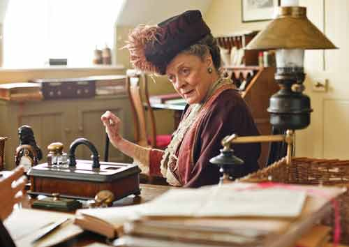 DAS1: The Dowager Countess visits Matthew Crawley at his law office