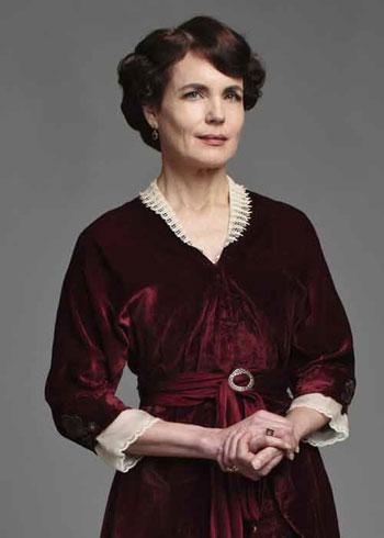 DAS2 CAST: Elizabeth McGovern as Cora Crawley, Countess of Grantham