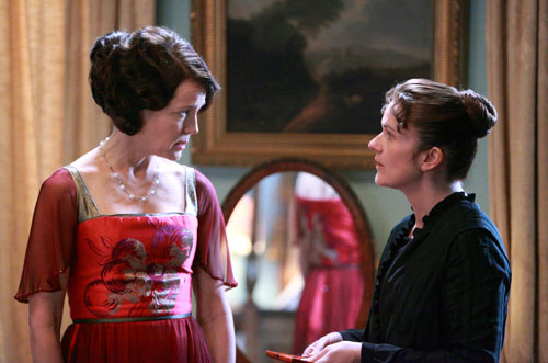 "DAS3E2: Lady Grantham asks O""Brien if there's anything she'd like to tell her"