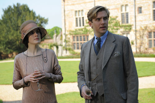 DAS2E2: Mary and Matthew discuss their future while walking the grounds at Eryholme