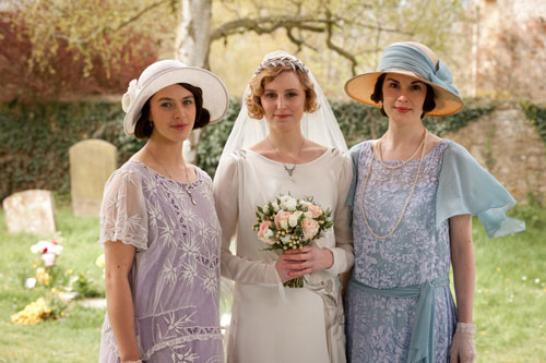 DAS2E2: Lady Sybil, Lady Edith and Lady Mary on Lady Edith's big day
