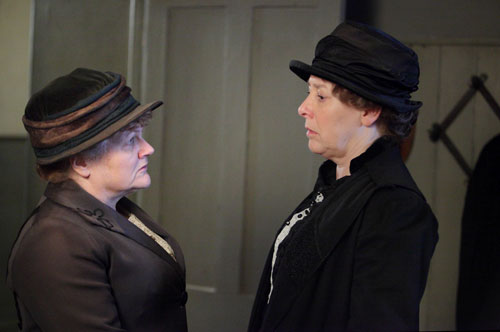DAS3E2: Mrs Patmore and Mrs Hughes are keeping a serious secret from Mr Carson
