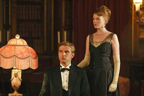 Downton Abbey S2E6: Lavinia stands by Matthew and is due to marry him as he recovers