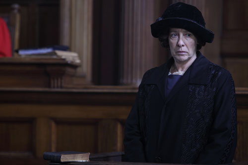 Downton Abbey S2E7: Mrs. Hughes testifies at Bates' murder trial