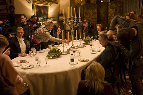 DAS3E1: BTS - Shooting a dinner sequence, setting up candles
