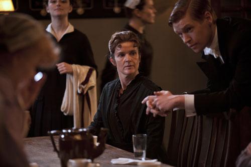 DAS3E1: O'Brien watches over Alfred in the Servants' Hall
