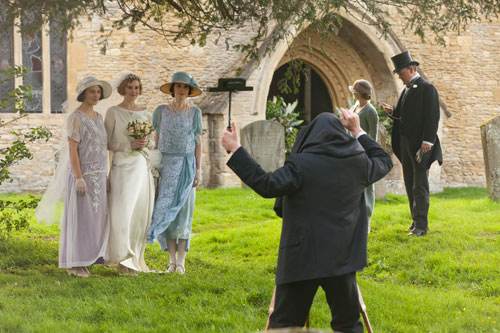 DAS3E2: The Crawley sisters take a photo together before Lady Edith's wedding