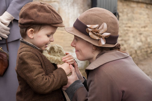 Downton Abbey S3E3: Ethel says goodbye to her little boy Charlie