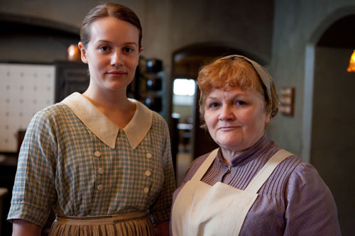 DAS3 Cast: Cara Theobold as Ivy Stuart and Lesley Nicol as Mrs. Beryl Patmore