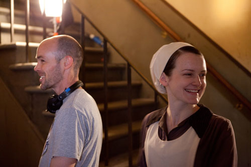 DAS3E4: BTS - Sophie McShera and a crew member have a laugh