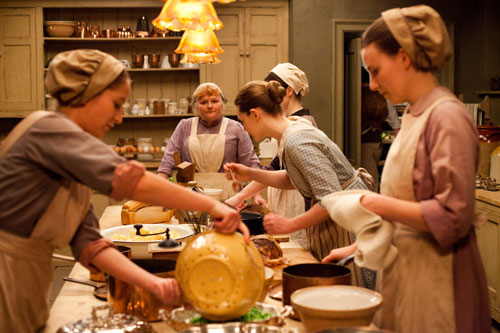 DAS3E4: bustling kitchen activity with Mrs. Patmore at the helm