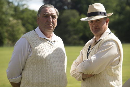 DAS3E6: Carson and Lord Grantham at the annual Downton Cricket Match