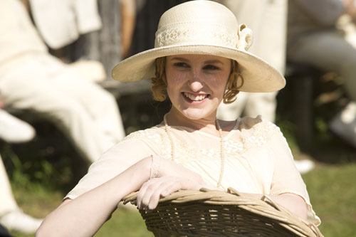 DAS3E6 - BTS: Laura Carmichael watches from the sidelines for the annual cricket match scene