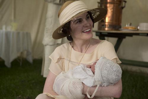 DAS3E6: Downton Cricket Match - Mary with baby Sybil