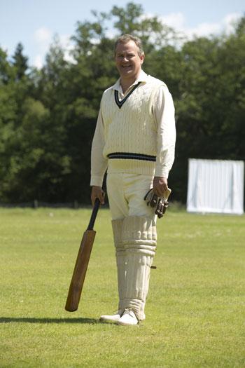 DAS3E6: Downton Cricket Match - Robert plays