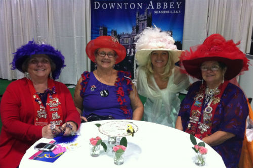 2012 Toronto ZoomerShow - Dressed Up Downton Style
