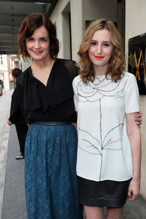 L-R Elizabeth McGovern (CORA CRAWLEY), Laura Carmichael (EDITH CRAWLEY) Photo: ZUMAPRESS.com/Keystone Press