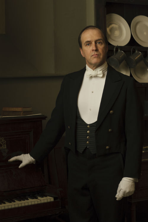 Downton Abbey Cast S4: Joseph Molesley (KEVIN DOYLE)