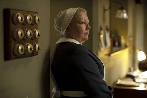 Downton Abbey S4E1: Nanny West (DI BOTCHER)