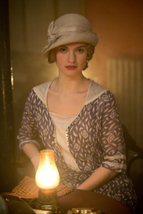 Downton Abbey S4E2: Lady Rose MacClare (LILY JAMES)