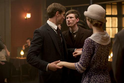 Downton Abbey S4E2: Lady Rose MacClare (LILY JAMES), Sam Thawley (JONATHAN HOWARD)
