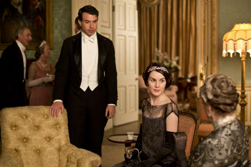 Downton Abbey S4E3: Anthony Gillingham (TOM CULLEN), Lady Mary Crawley (MICHELLE DOCKERY), Violet Crawley, Dowager Countess of Grantham (MAGGIE SMITH)