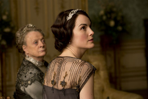 Downton Abbey S4E3: Violet Crawley, Dowager Countess of Grantham (MAGGIE SMITH), Lady Mary Crawley (MICHELLE DOCKERY)