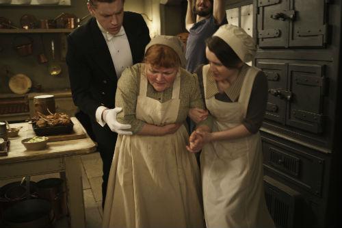 Downton Abbey S4E3: Aflred Nugent (MATT MILNE), Daisy Mason (SOPHIE MCSHERA), Mrs. Patmore (LESLEY NICOL)
