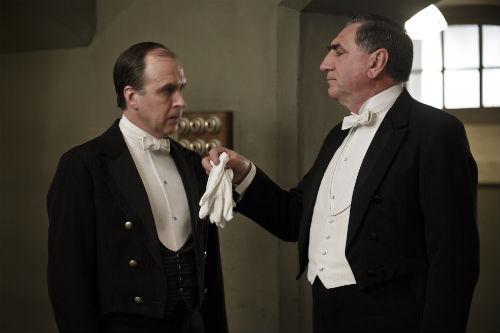Downton Abbey S4E3: Joseph Molesley (KEVIN DOYLE), Mr. Carson (JIM CARTER)