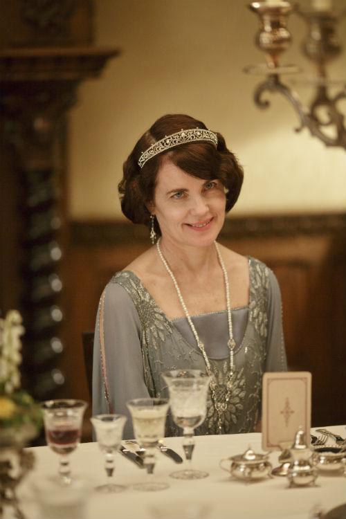 Downton Abbey S4E3: Cora Crawley, Lady Grantham (ELIZABETH MCGOVERN)