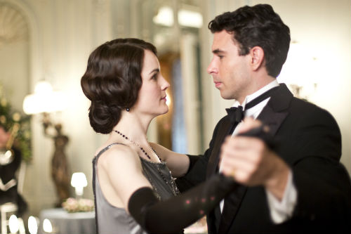 Downton Abbey S4E3: Mary Crawley (MICHELLE DOCKERY), Lord Gillingham (TOM CULLEN)