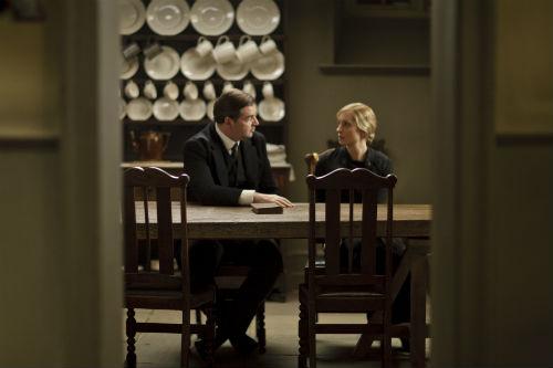 Downton Abbey S4E4: John Bates (BRENDAN COYLE), Anna Bates (JOANNE FROGGATT)