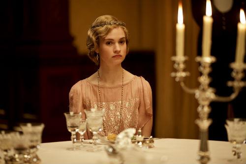 Downton Abbey S4E4: Rose MacClare (LILY JAMES)