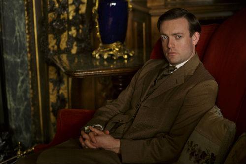 Downton Abbey S4: Evelyn Napier