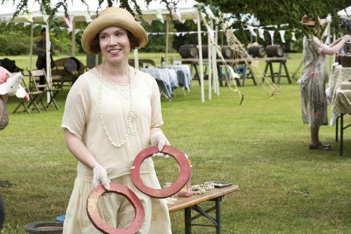 Downton Abbey S4: Sarah Bunting, Tom Branson (ALLEN LEECH)