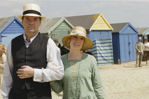 Downton Abbey S4: John Bates (BRENDAN COYLE), Anna Bates (JOANNE FROGGATT)