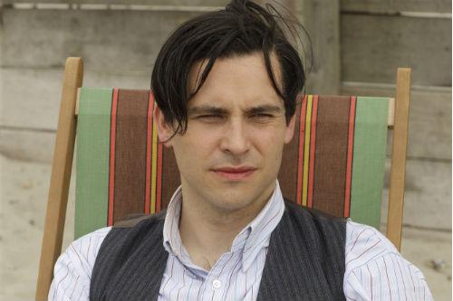 Downton Abbey S4: Thomas Barrow (ROB JAMES-COLLIER)