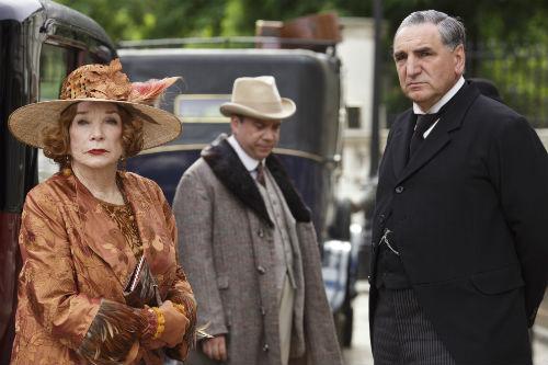 Downton Abbey S4: Martha Levinson (SHIRLEY MACLAINE), Harold Levinson (PAUL GIAMATTI), Mr. Carson (JIM CARTER)