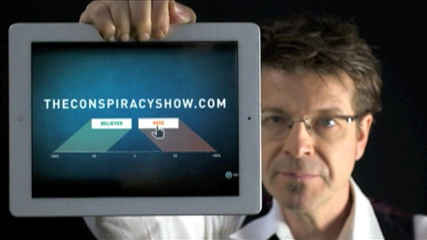 The Conspiracy Show S3: TheConspiracyShow.com - Richard Syrett Holds iPad
