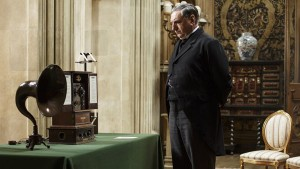 DowntonAbbey_S5E2_31591_CarsonWireless_600