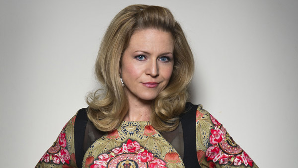 EastEnders 275: Linda Carter (Kellie Bright) Photo: Ray Burmiston (c) BBC 2013
