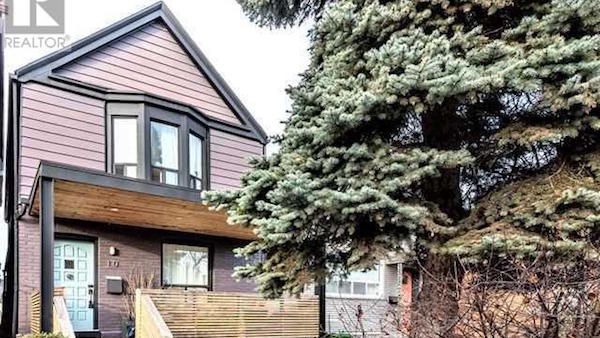 Meghan Markle - Toronto Home